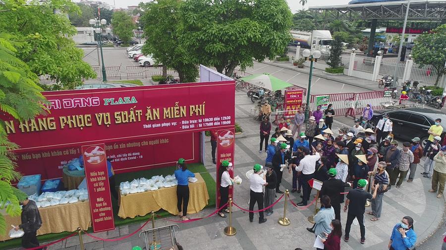 Xuat Com Mien Phi Hai Dang Plaza 4